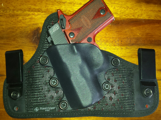 Stealthgear Onyx Holster Review